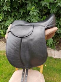 Treeless Leather Heather Moffett Saddle for sale