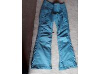 Ladies Oakley ski pants xs