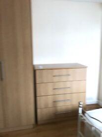 Double Room with en suite (Opposite Premier Inn)