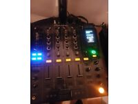 DJM 800 Mixer, immaculate condition with Flight case !!! £595.
