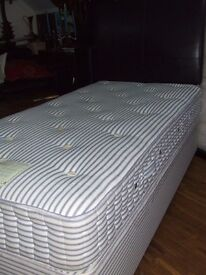 BED SINGLE DIVAN QUALITY WOOL LAYERED MATTRESS EXCELLENT CLEAN CONIDITION FREE EDINBURGH DELIVERY
