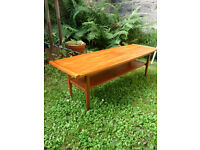 VINTAGE 1960S MIDCENTURY DANISH STYLE SCANDINAVIAN TEAK COFFEE TABLE
