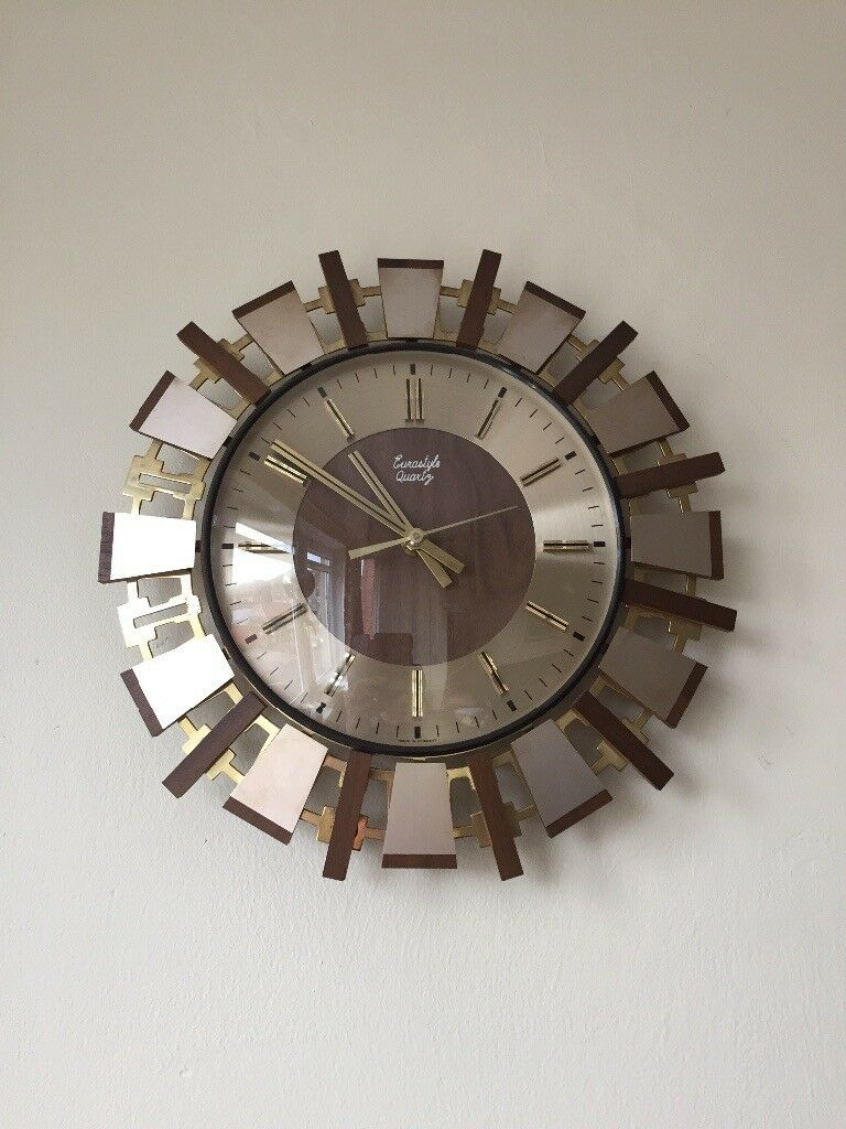 Stunning vintage clock made in Germany