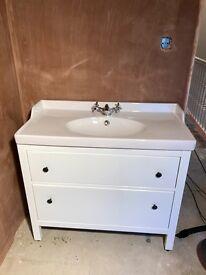 Ikea Hemnes vanity and basin 100cm