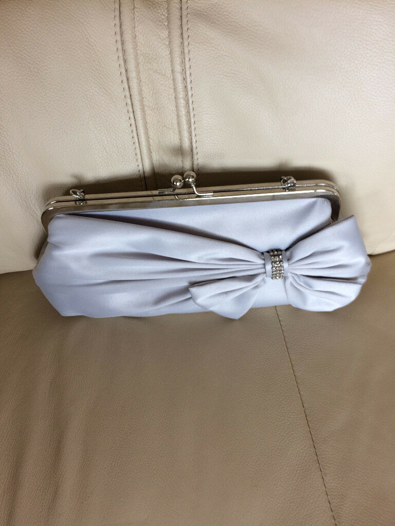 Woman clutch silver grey