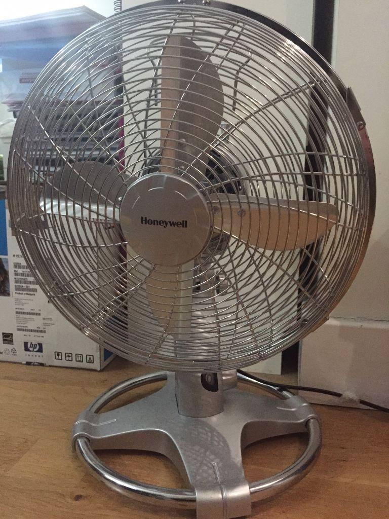 12 Oscillating Table Fan : Honeywell ht e oscillating table fan inch chrome