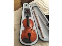 Windsor 1/2 size Violin MI-1008 with light weight zipped case and shoulder strap