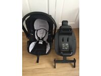 Kiddicare Isofix Car seat and Isofix bade