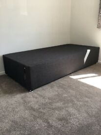 Single Divan New in sealed packaging £50