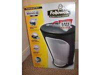 Fellows Paper shredder