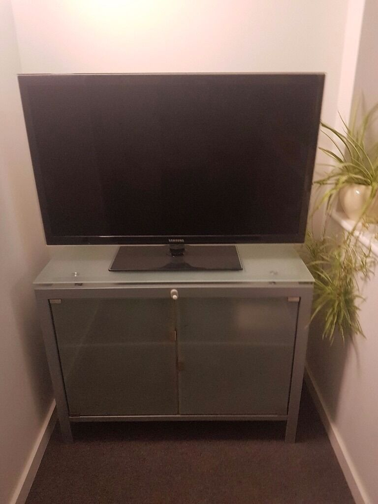 Grey silver glass tv unit storage sideboardin Wembley, LondonGumtree - Selling grey tv unit sideboard perfect to store things .smoke and pet free home . For more information text or call me