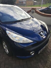 Peugeot 207 Sport 87 model hatchback, Panoramic Roof, beautiful car for summer, low millage