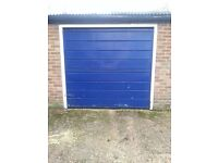 Garage for storage available today to rent