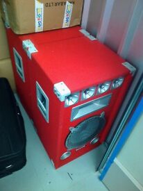 Set of two large 600w SoundLab Speakers in very good condition