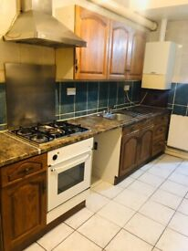 2 Bedroom Ground Floor Flat to Let on Ilford Lane IG1 2HY