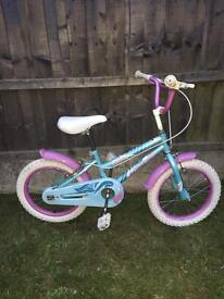 TURQUOISE AND LILAC LITTLE GIRLS BIKE GOOD CONDITION, new stabilisers available at £5 if needed