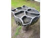 Path mate concrete mold