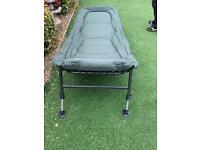 8 Leg bed chair