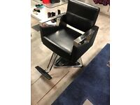 4 NEW Styling Salon Chair Hydraulic Hairdressing Barber Chair with Stainless Steel Upholstered Arms