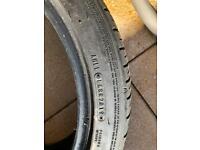 Summer tyres 234/40/18