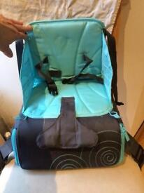 Munchkin travel child booster seat