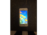 APPLE IPHONE 5S SILVER 16GB(UNLOCKED)(Excellent Condition)