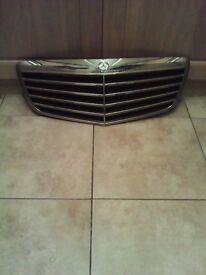 Mercedes grill 320