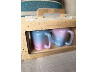 2 glass mugs