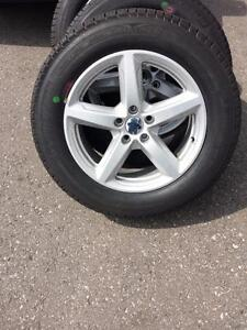 BRAND NEW TAKE OFF 2016 FORD EXPLORER 18 INCH  ALLOY WHEELS WITH MICHELIN HIGH PERFORMANCE 245 / 60 / 18 ALL SEASONS