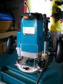 New Makita electronic router. 1850w 3613c