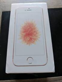 iPhone SE 32gb Brand New and Sealed