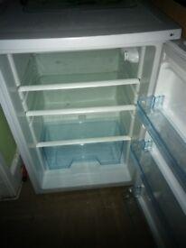 Flat clearance..washing machine, fridge, freezer, microwave, grill, black glass tv unit, dbl bed