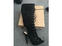 Ladies shoes & boots