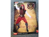 Men's pirate outfit