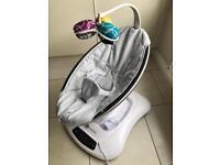 4moms Mamaroo 4.0 Silver/Grey baby Seat/rocker - As New Condition