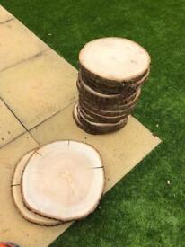 12 medium and 2 large log slices