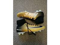 Nike mercurial size 8 football boots