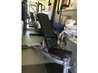 Life Fitness Signature Series Multi-Adjustable Pro Weight Bench - great condition (£1,497 new)