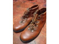 Men's walking boots - Size 8 (three pairs)
