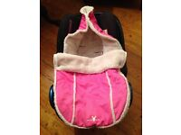Car seat cosy / baby muff