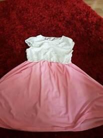 Dress size xl never worn it