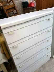 Schreiber chest drawers