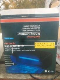 Money detector electrictronic