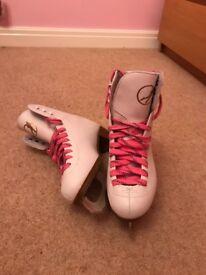 Ice Skates - uk size 3.