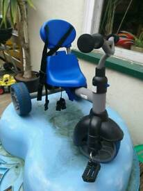 Blue kids tricycle,,in good condition