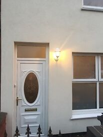 3BEDROOM FAMILY HOUSE/ DY2 10MINS FROM TOWN CENTRE