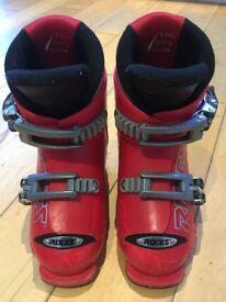 Roces kids ski boots