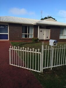 House with 6 bedrooms Kearneys Spring Toowoomba City Preview