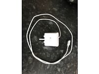 White Samsung fast charging charger