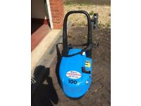 Cold Industrial Pressure Washer Including Lance and Long Hose (30 Metres)